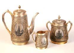 Чайный сервиз с видами Москвы. (17 предметов) Москва, 1884-1893 гг.