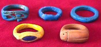 ювелирный музей – ювелирное искусство в древнем Египте: египетские кольца, датируемые периодом Нового Царства.
